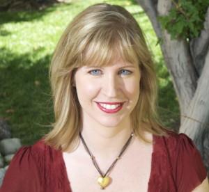 Julie Hedlund Headshot